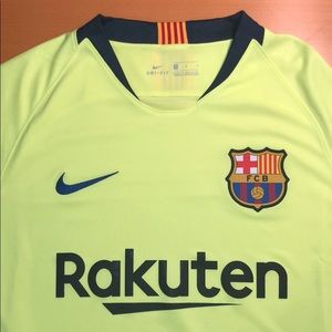 FC Barcelona 18/19 away jersey.